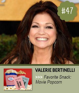 Valerie-Bertinelli-loves-to-snack-on-popcorn