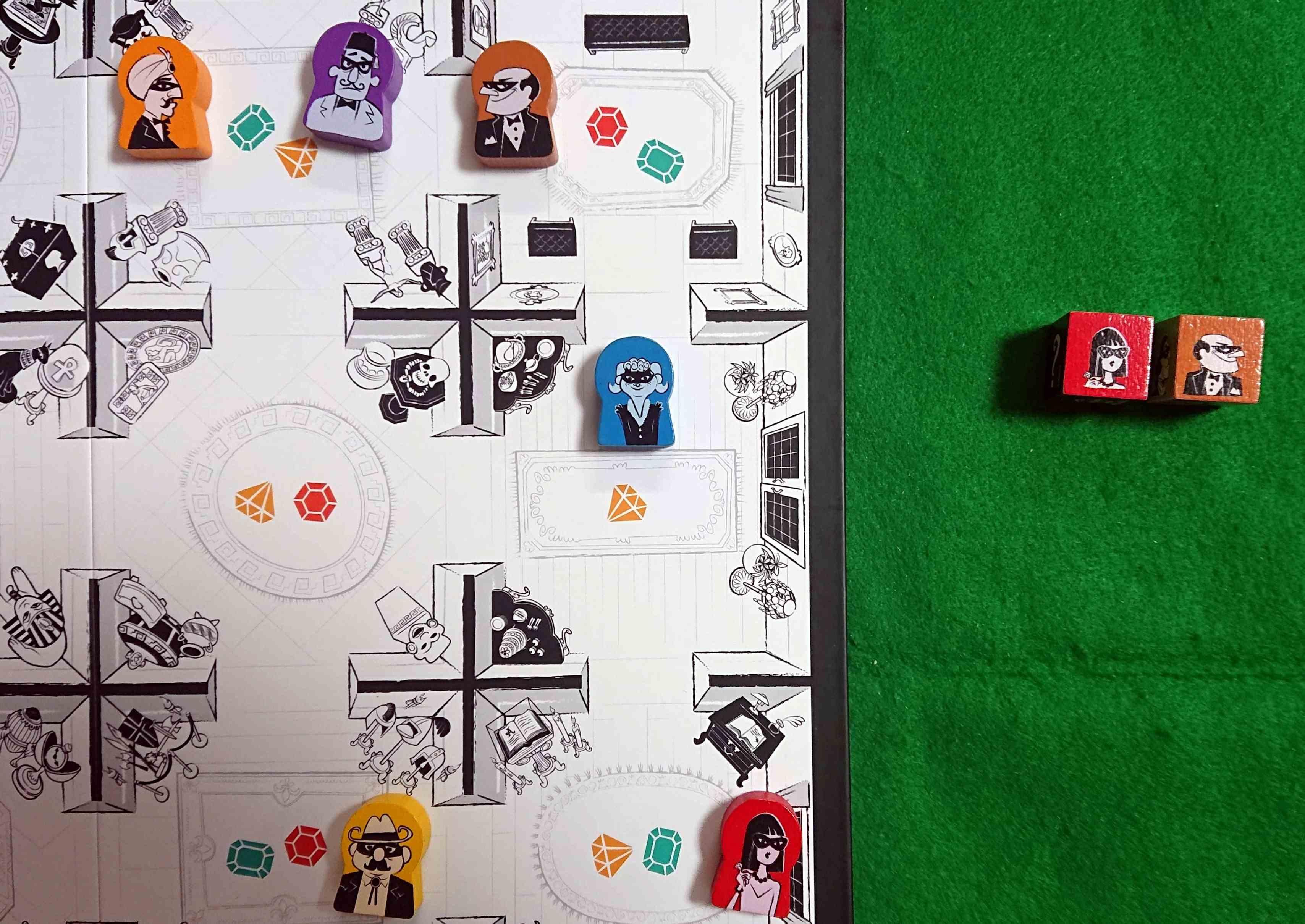 サスピション怪盗が多すぎる 宝石を盗め! 初心者向きの正体隠匿系ボードゲーム