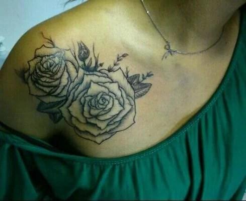 tattoo-monkey-roses-gravure-noir-et-blanc