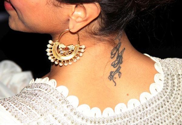 Deepika Padukone had initials of her ex-paramour Ranbir Kapoor printed on her neck