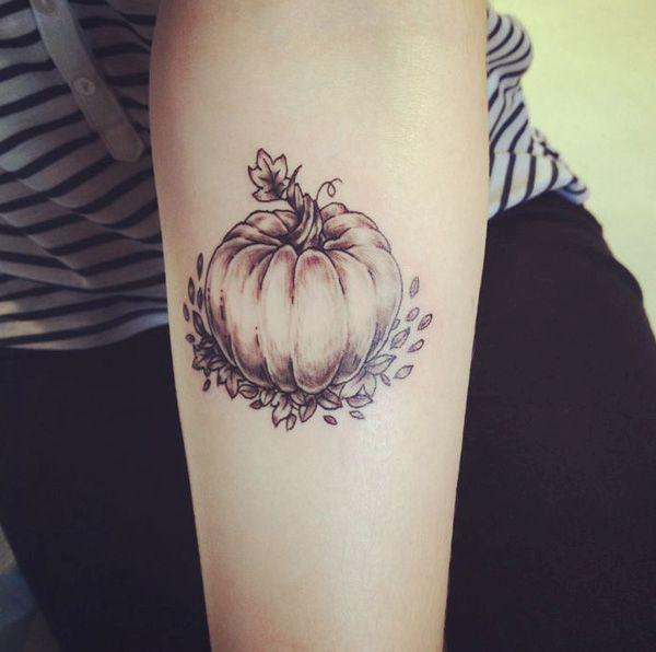 black-and-gray-pumpkins