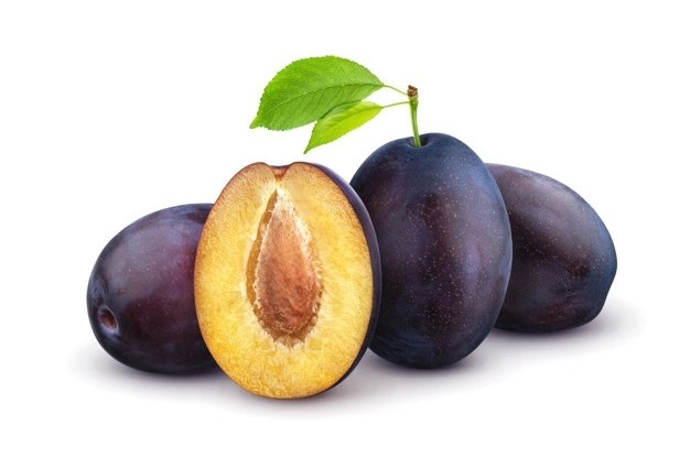 Prune-best-food-for-digestion