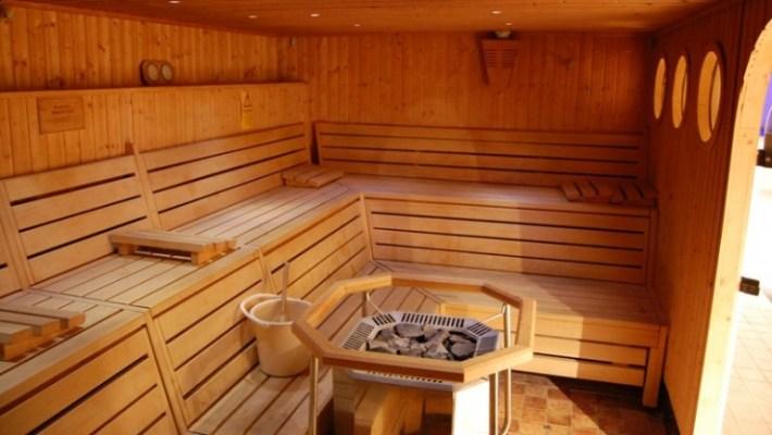 Zalety i przeciwwskazania dla korzystania z sauny.
