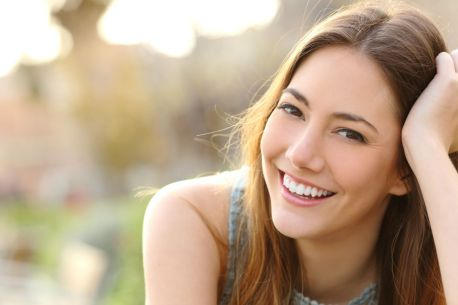 What does it mean when a girl smiles at you every time she sees you? | Body  Language Central