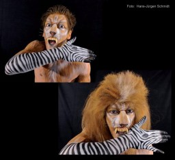 Bodypainting mit Mesut Özil als Löwe