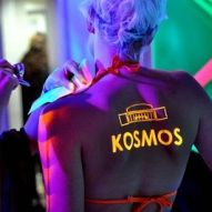 Kosmos_Berlin uv_bodypainting