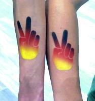 Fanschminken Victory Airbrush Tattoo