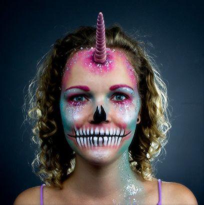 Halloween Einhorn Facepainting