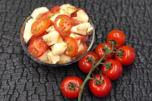 Tomatsalat med grillet Honningmelon og Mozzarella