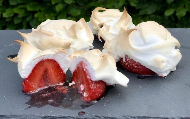 Jordbære Marengs Skyer – et super nemt og lækkert dessert