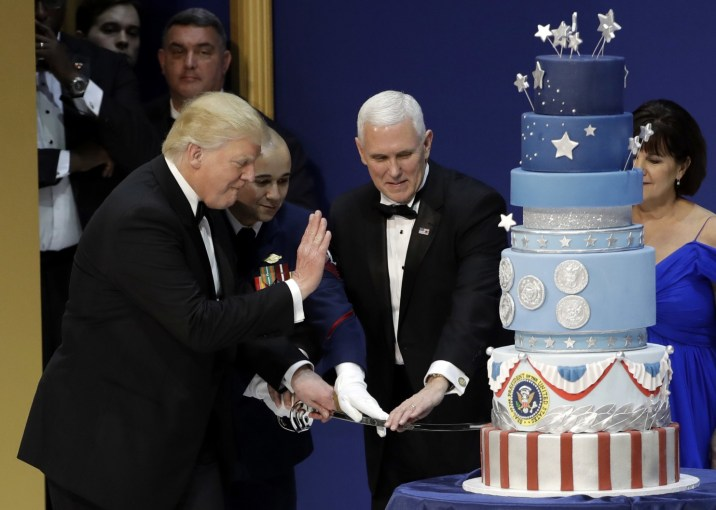 Trump's inaugural cake was commissioned to look exactly like Obama's, baker says | The Washington Post
