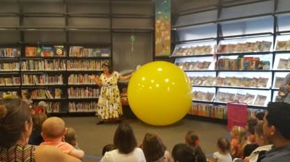 Annie Bannanie and the 6 foot balloon and the leaf blower