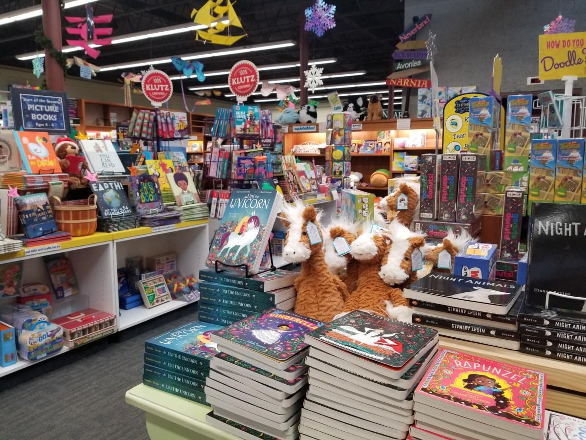 Checkin Vroman's Bookstore