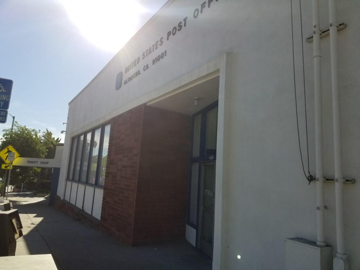Checkin US Post Office – Altadena
