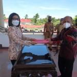 Bupati Bolmong Serahkan Dana Hibah untuk Universitas Dumoga Kotamobagu