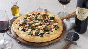 Bacon and artichoke pizza