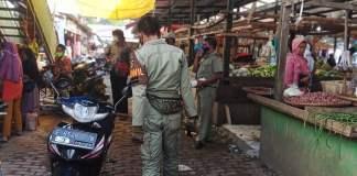 Pedagang Pasar Cigudeg Dikejutkan Dengan Kedatangan Pasukan Penegak Perda