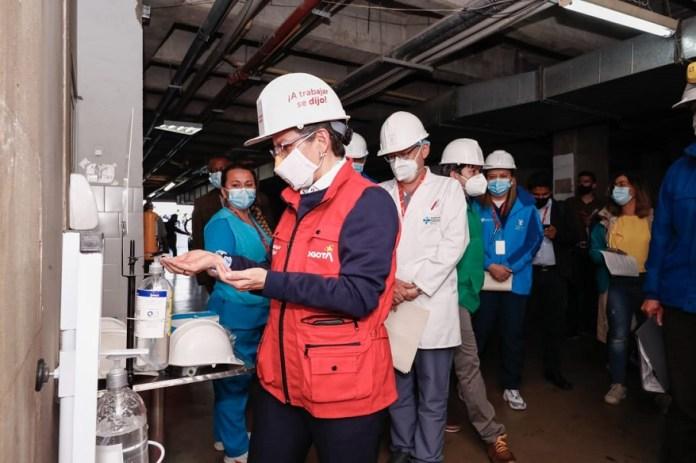Visita obras de torre de urgencias del hospital Meissen - Foto: Comunicaciones Alcaldía Bogotá