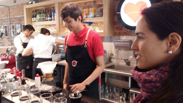 amor perfecto coffee tour in bogota