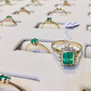 where to buy colombian emeralds