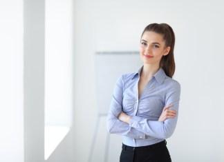 Podnikanie je pre mnohé z vás jednou z možností, ako si splniť sen o vysnívanej práci. Byť sama sebe šéfkou a byť zodpovedná za všetko, čo sa vo firme deje, však mnohí začínajúci podnikatelia nezvládnu.