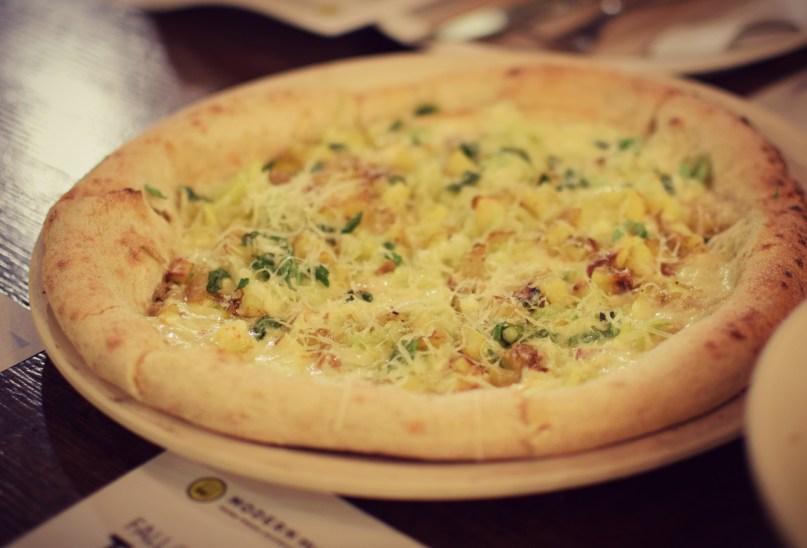 truffled potato pizza with leeks modern market dallas