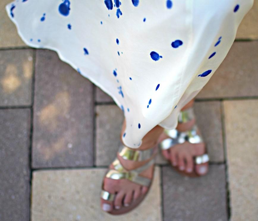 week 28 pregnancy bumpdate buffalo exchange blue splatter dress