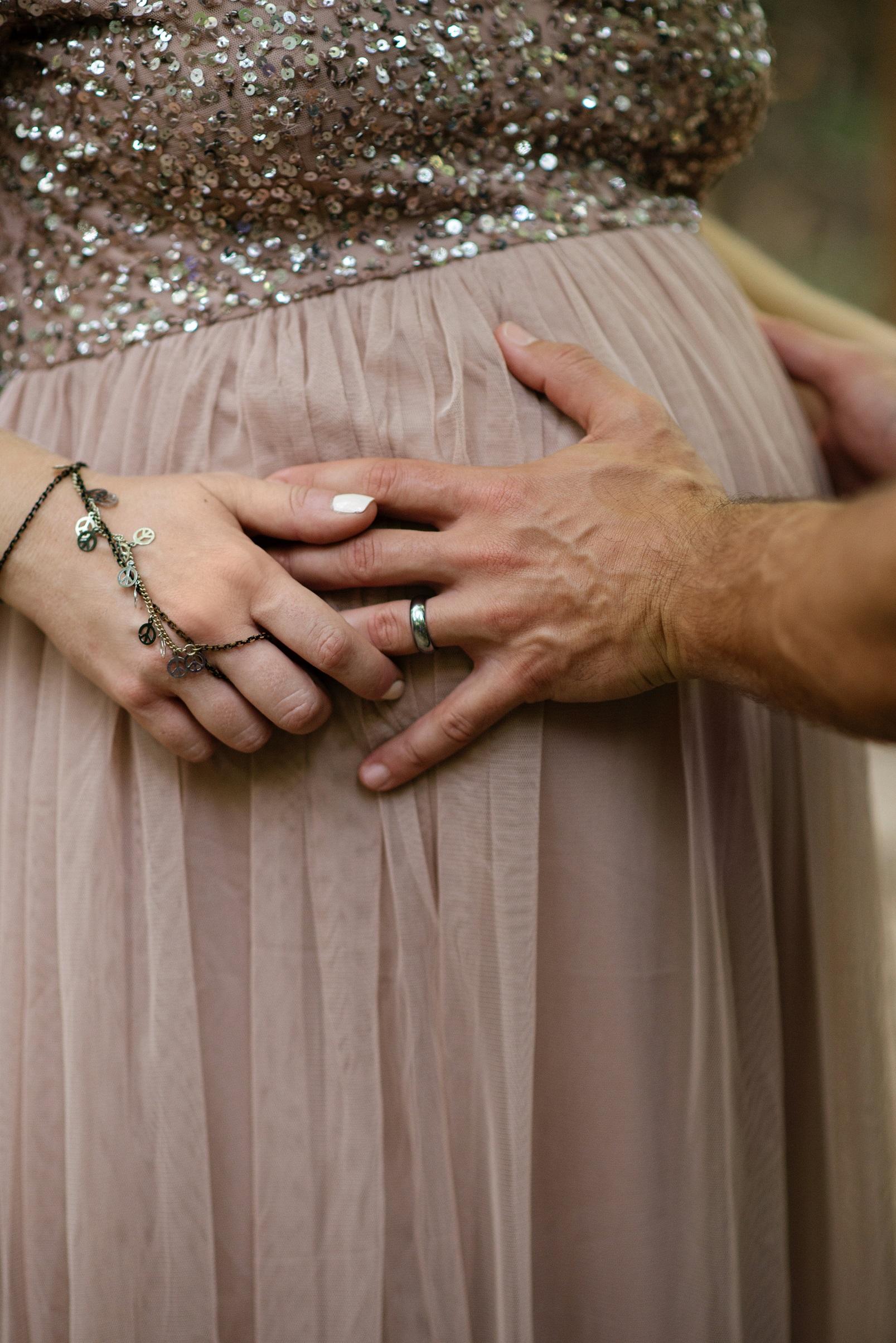 bohemian ethereal maternity photoshoot