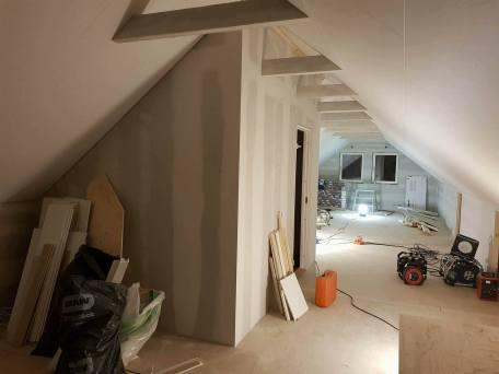 Badrummet placerades centralt på övervåningen