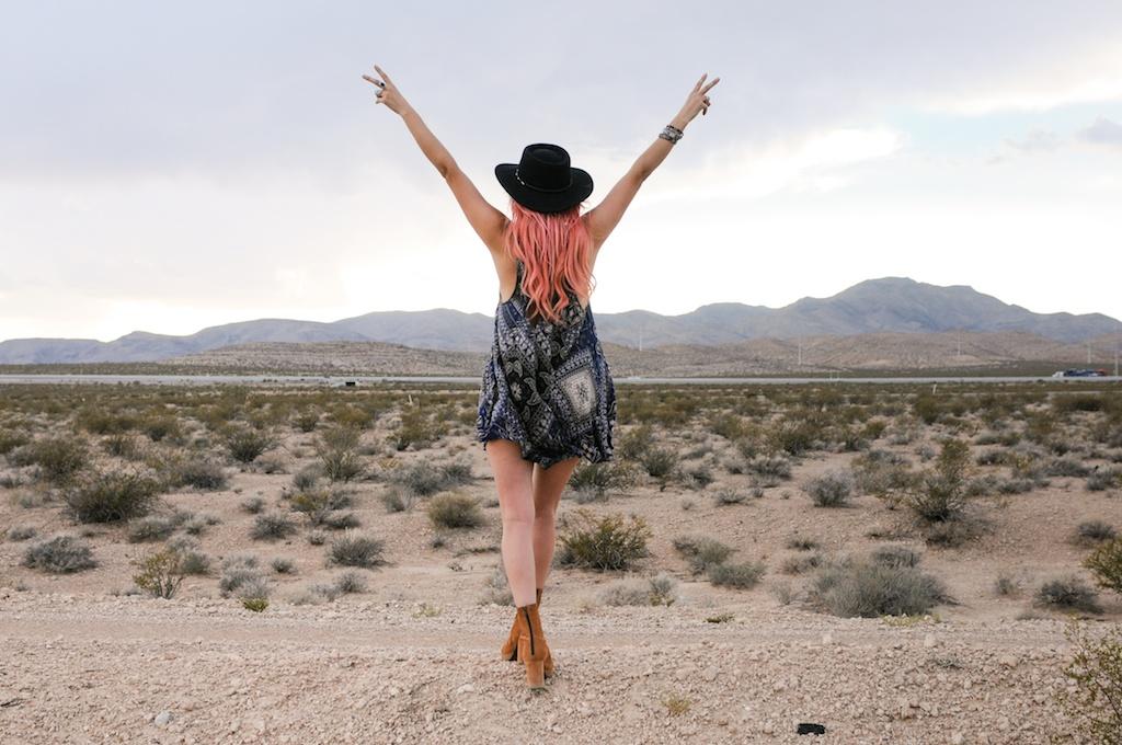 shop-bop-free-people-fpme-bandana-print-patchwork-beaux-slip-dress-boho-bohemian-fashion-blogger-overtone-bunnie-desert-photo-shoot-las-vegas 6
