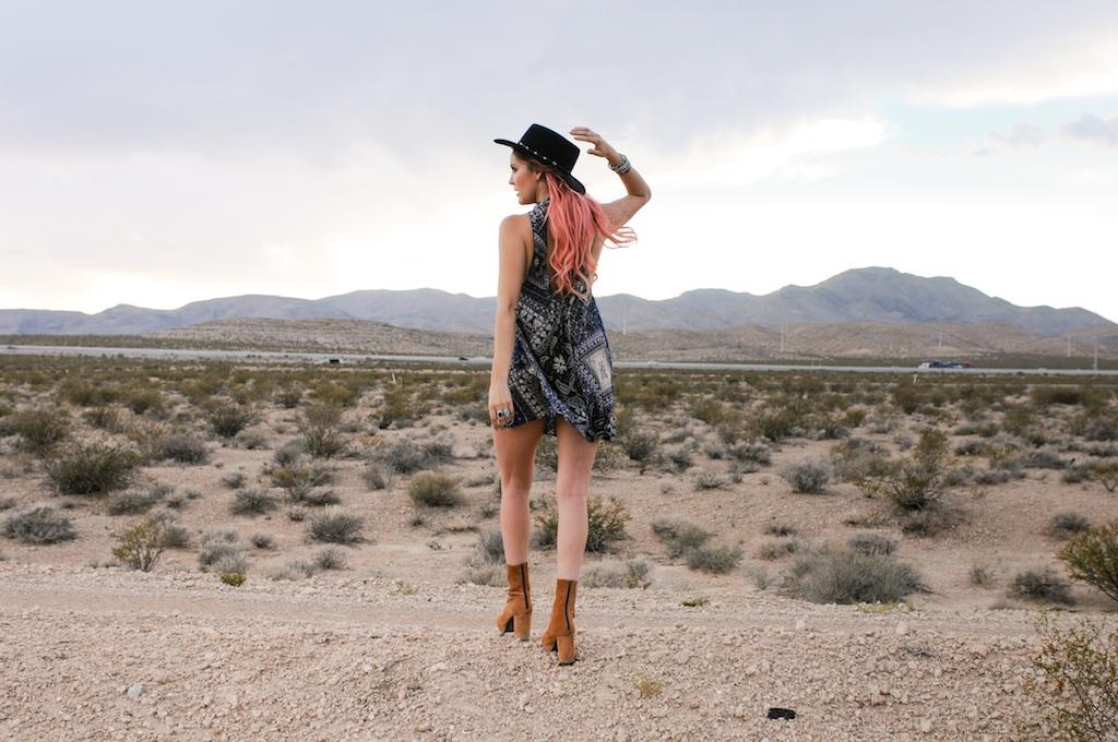 shop-bop-free-people-fpme-bandana-print-patchwork-beaux-slip-dress-boho-bohemian-fashion-blogger-overtone-bunnie-desert-photo-shoot-las-vegas 7