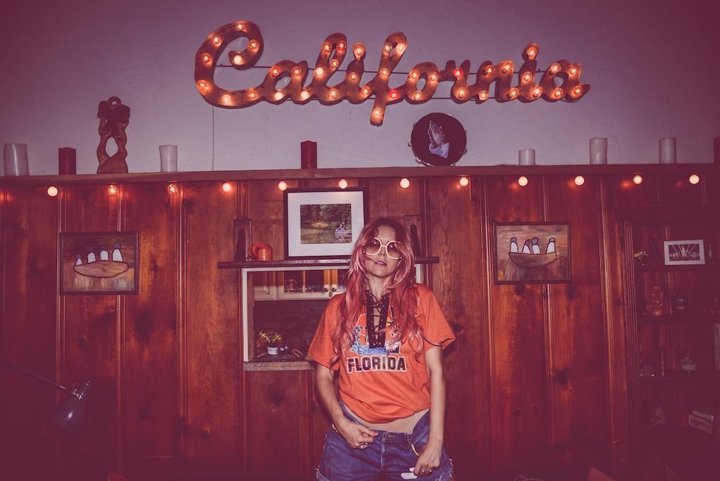 ldv-vintage-california-open-vape-marijuana-fashion-blogger-boho-bunnie-laurel-canyon-denim-patches-10