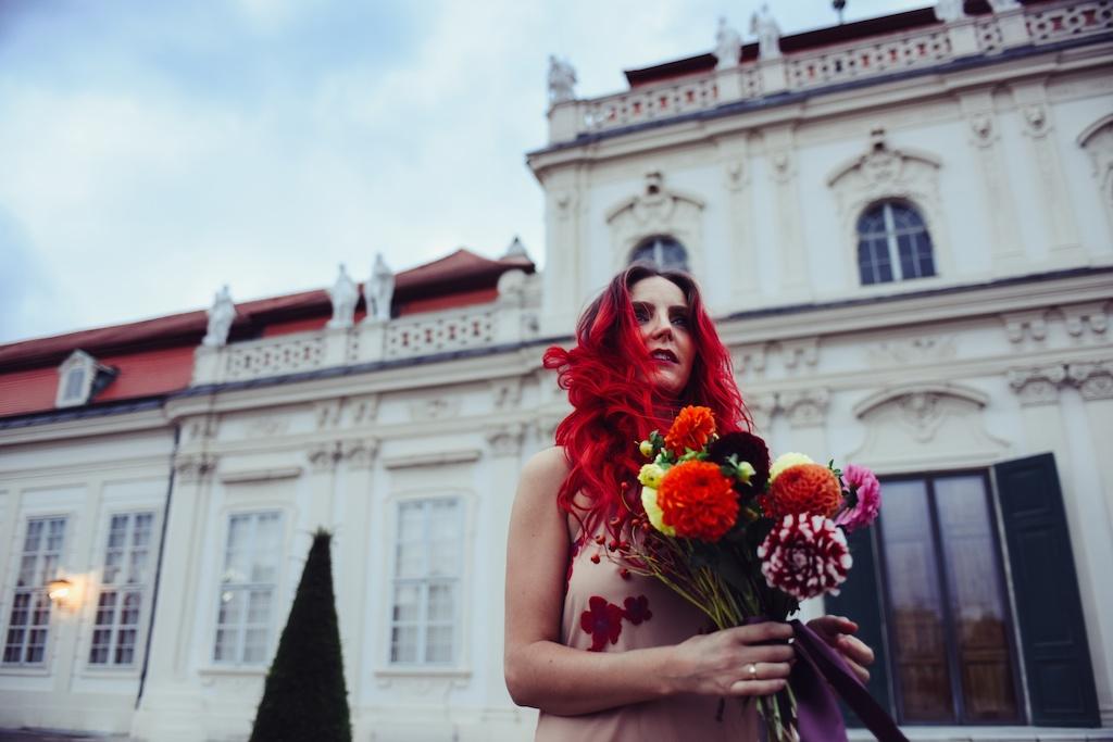 shop-tobi-boho-bunnie-sheer-embroidered-maxi-dress-belvedere-castle-vienna-austria-bohemian-couture-fashion-blogger-overtone-hair-color-extreme-red-2