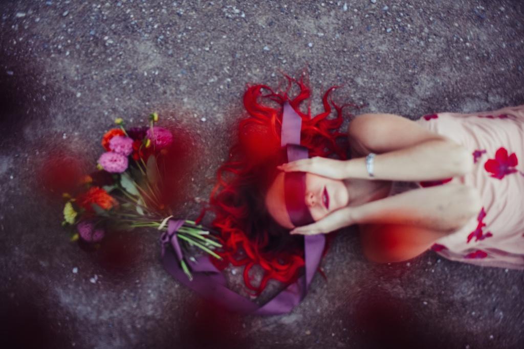 shop-tobi-boho-bunnie-sheer-embroidered-maxi-dress-belvedere-castle-vienna-austria-bohemian-couture-fashion-blogger-overtone-hair-color-extreme-red-34