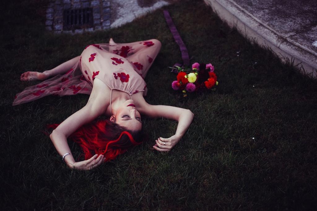 shop-tobi-boho-bunnie-sheer-embroidered-maxi-dress-belvedere-castle-vienna-austria-bohemian-couture-fashion-blogger-overtone-hair-color-extreme-red-62