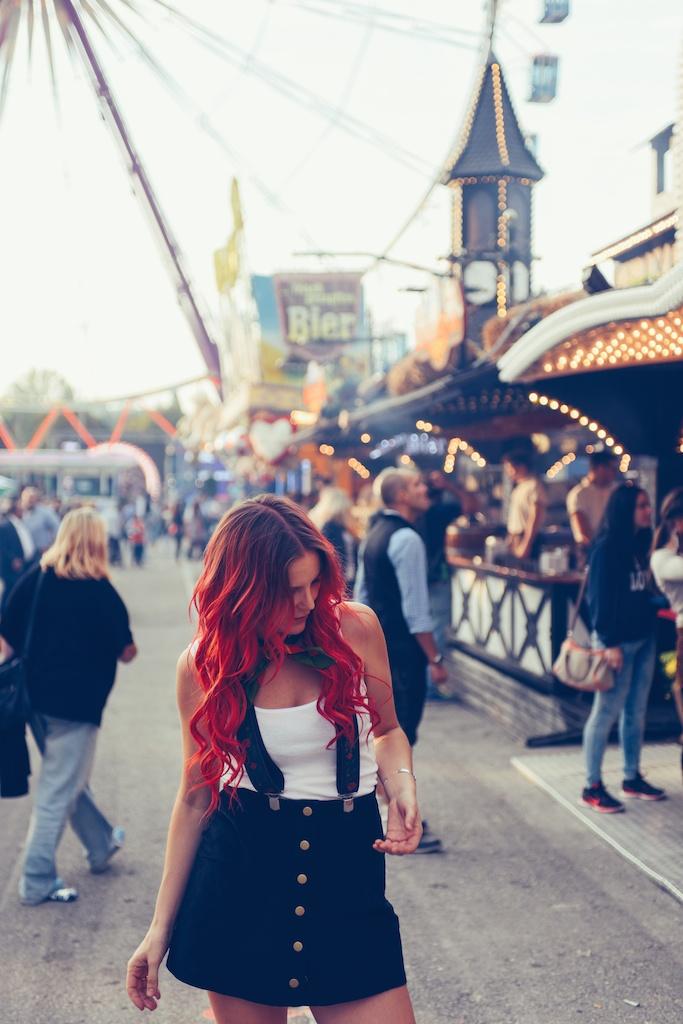 canstatter-volksfest-beerfest-oktoberfest-stuttgart-germany-white-crow-brand-fashion-blogger-overtone-travel-leiderhosen-ldir-lartigiano-riccione-boho-bunnie-40
