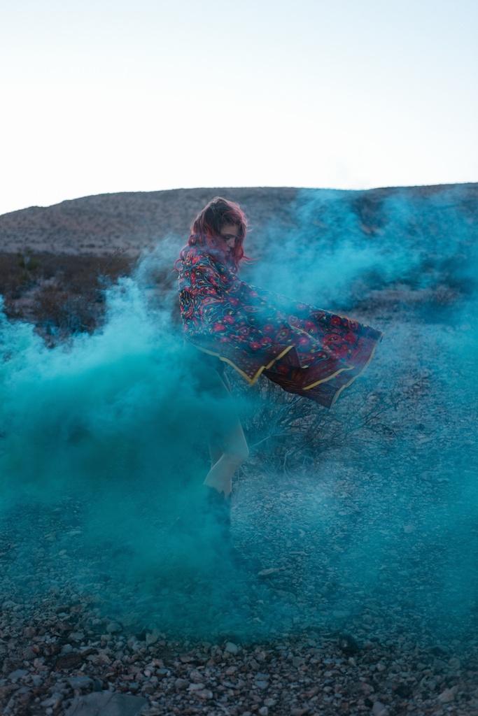 pachamama-bohemian-overtone-bohobunnie-smoke-bomb-fashion-blogger-vegas-poncho-shawl-indian-20