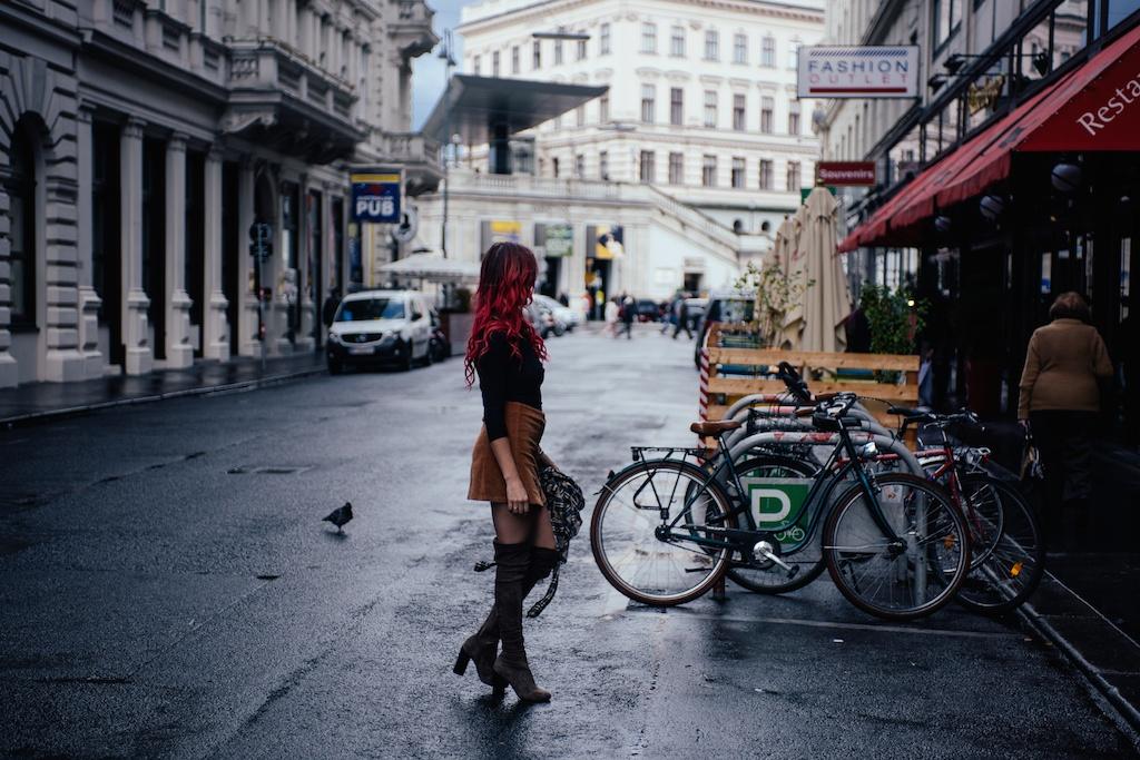 white-crow-brand-thigh-high-jeffrey-campbell-vegan-suede-free-people-lace-up-shirt-austria-vienna-fashion-blogger-boho-bunnie-29
