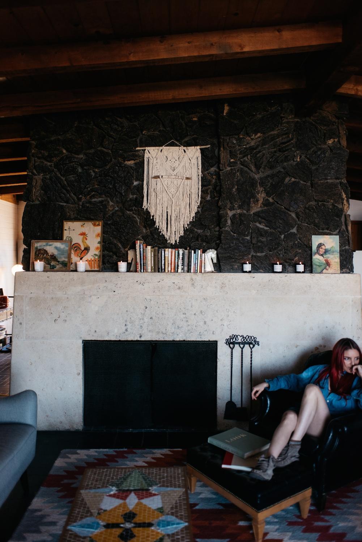 flores-lane-joshua-tree-boho-bunnie-decor-retro-vinyl-interior-design-soy-candles-made-in-la 3 (1)