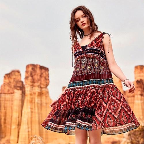 Artka платье на завязках с рюшами