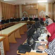 دورة التحليل الاحصائي المتقدم في جامعة الاسراء بقيادة الدكتور عصام داوود لطلبة الدراسات العليا في قطاع غزة