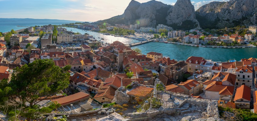 CETINA RIVER CRUISE AND OMIŠ WALKING TOUR!