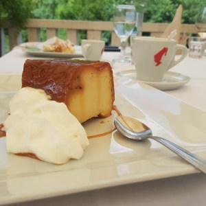 Kastil Slanica: Rozata Cake