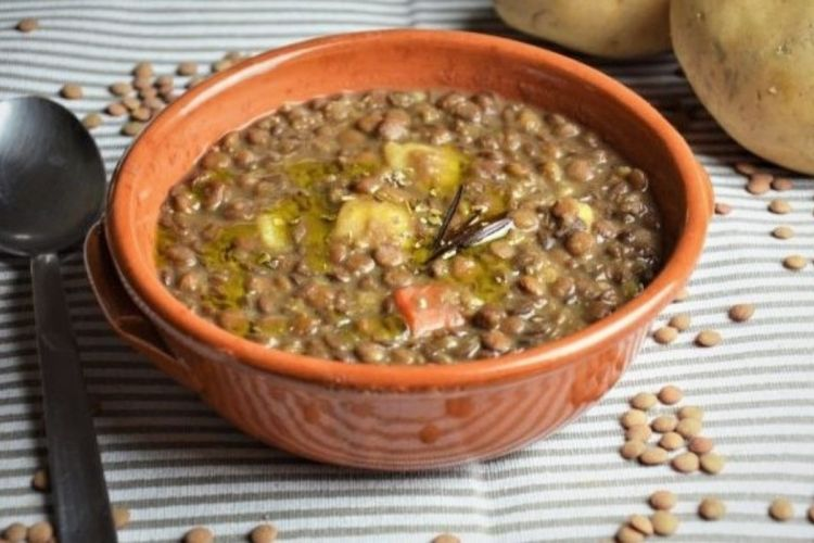 Lentil and potato soup