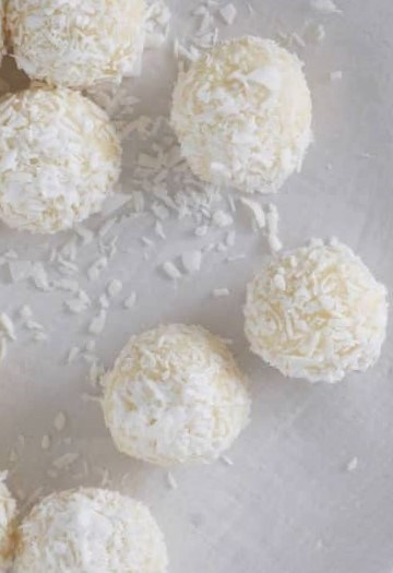 macadamia and coconut