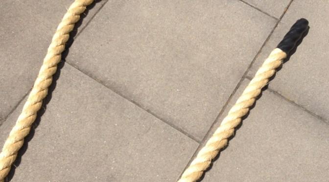 Und dabei sehen sie so harmlos aus… Trainieren mit Battle Ropes