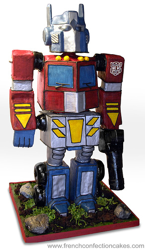 Fine Excellent And Ginormous Optimus Prime Birthday Cake Boing Boing Personalised Birthday Cards Paralily Jamesorg