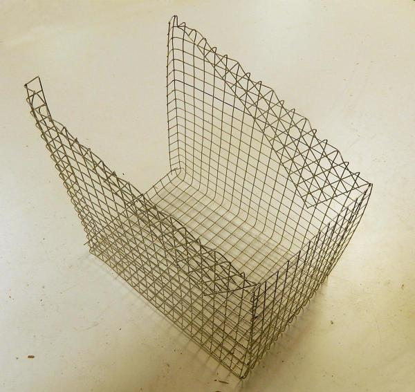 finished wire box