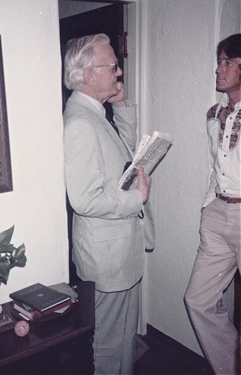 Humphry Osmond (left)