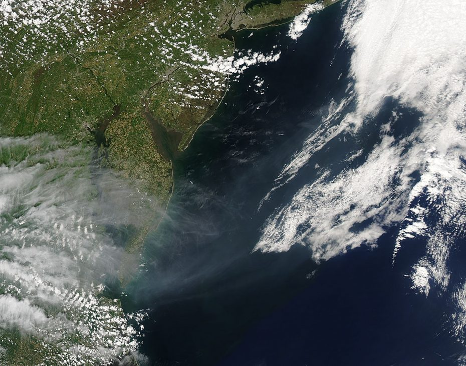 The MODIS instrument on the Aqua satellite captured this image on May 08, 2016, of smoke from the Ft. McMurray wildfire and other Canadian wildfires billowing across the Atlantic Ocean. [NASA Goddard MODIS Rapid Response]